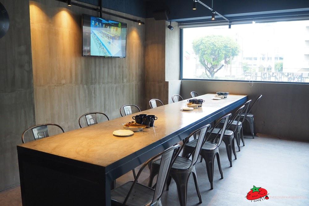 台中一中商圈 8德司創意餐館|雞湯無限喝到飽又免服務費的平價餐廳 - nurseilife.cc