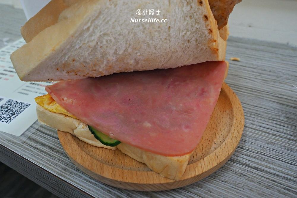 內湖超厚炭烤三明治,還用活菌豬來做豬排!外婆家高雄古早味三明治 - nurseilife.cc