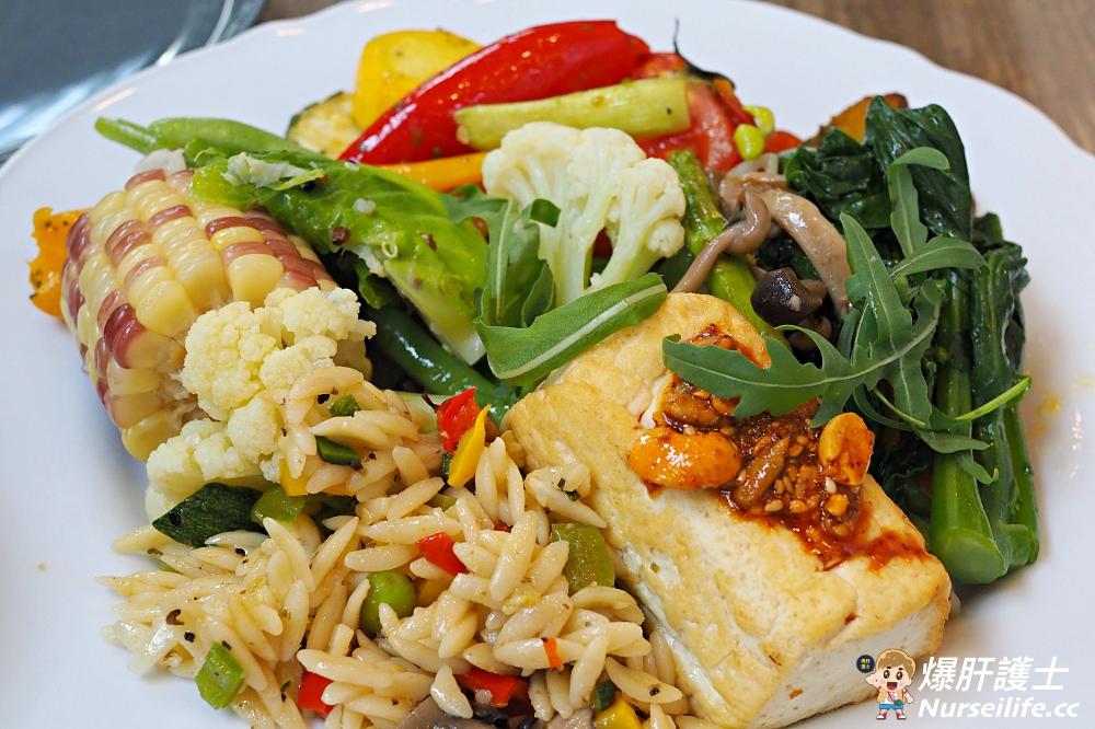 士東市場美食》珍食244.市場內的蔬食料理 - nurseilife.cc