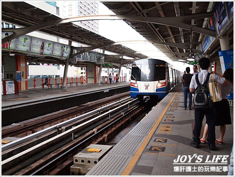 【曼谷自助】台北→香港→曼谷→SUKHUMVIT 38巷小吃一條街 - nurseilife.cc