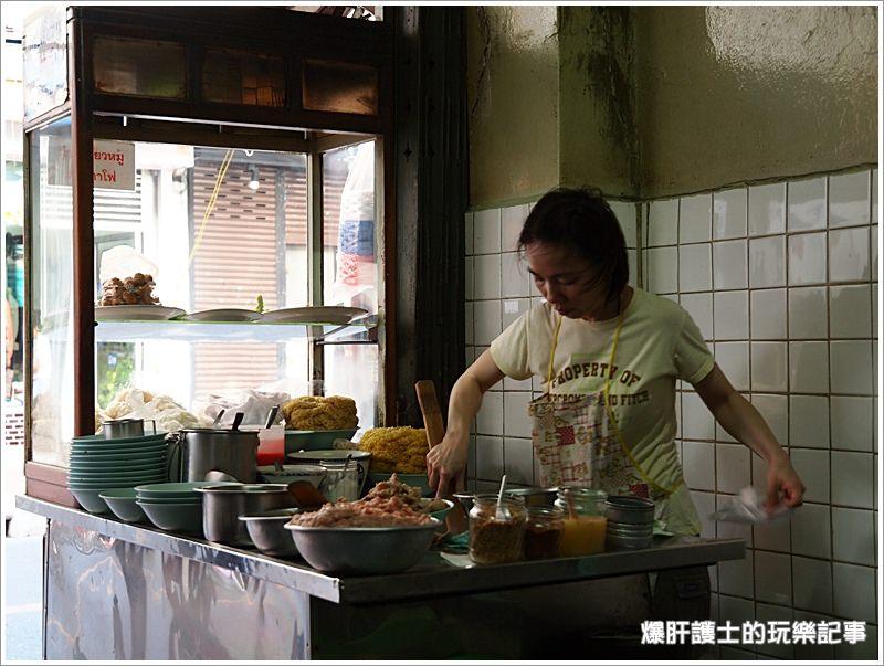 【泰國曼谷】三訪美味炸雞,沙拉當路的米粉湯好好吃! - nurseilife.cc